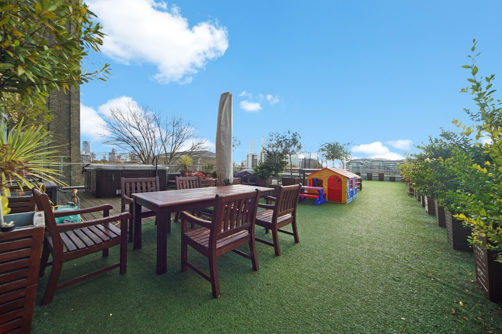 4 bed flat for sale in Cubitt Building, Gatliff Road 14