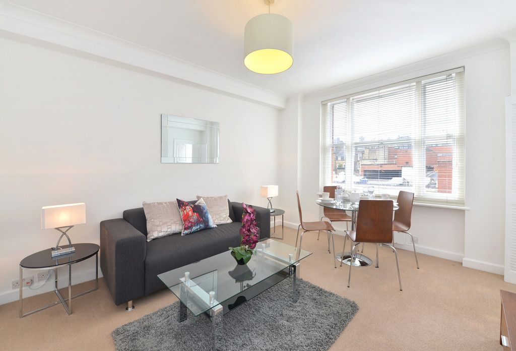 1 bed flat to rent in Hill Street, W1J