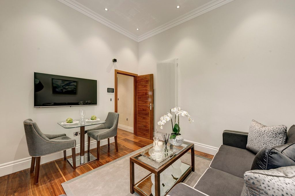 1 bed flat to rent in Kensington Gardens Square, W2