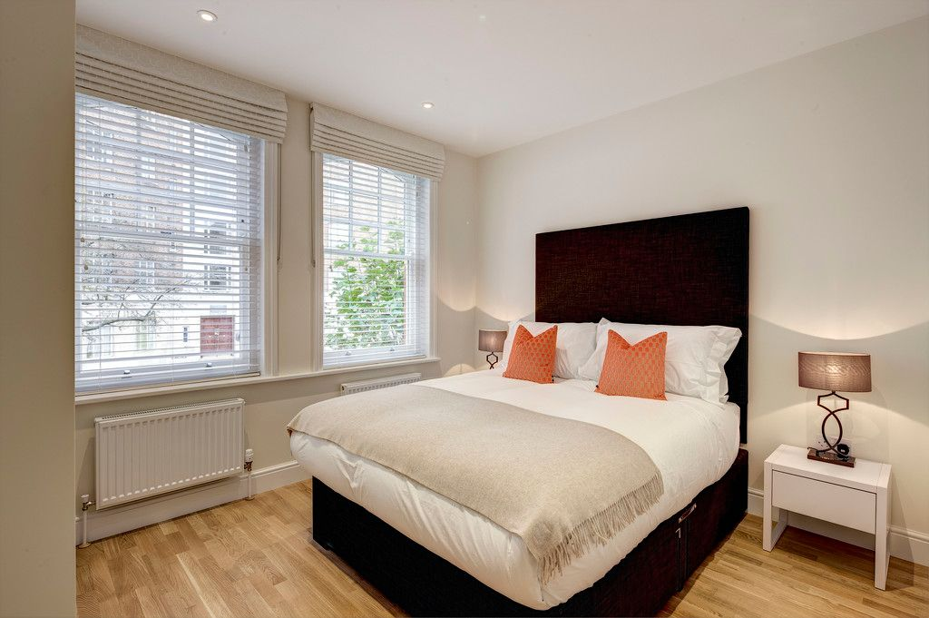 3 bed flat to rent in Hamlet Gardens  - Property Image 3