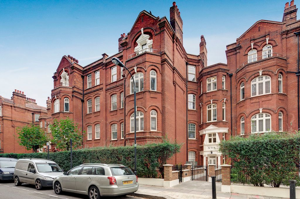 3 bed flat to rent in Hamlet Gardens  - Property Image 8