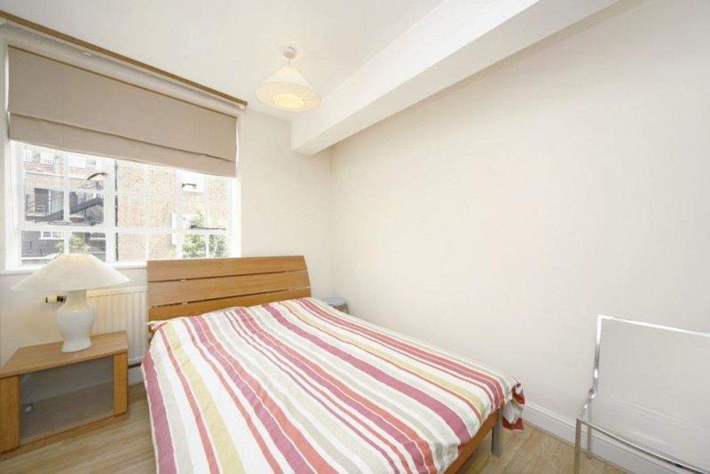 1 bed flat to rent in Chelsea Cloisters 3