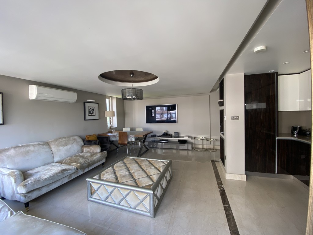 3 bed flat for sale in The Quadrangle, London, W2