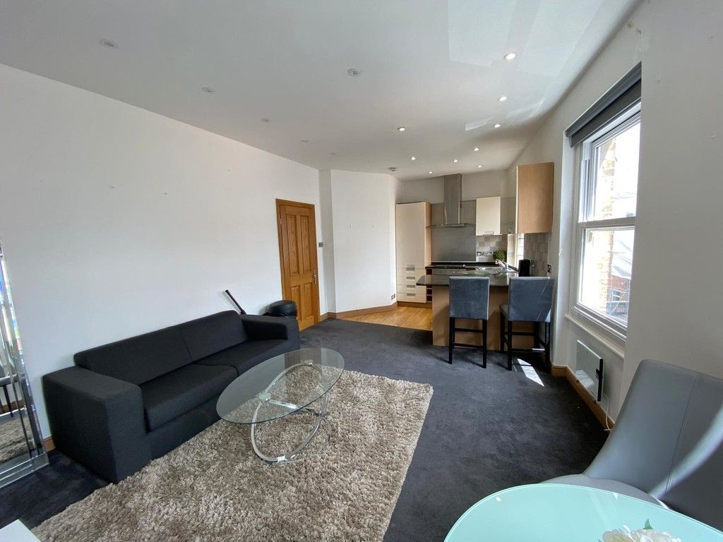 1 bed flat to rent in Mount Street, London 1