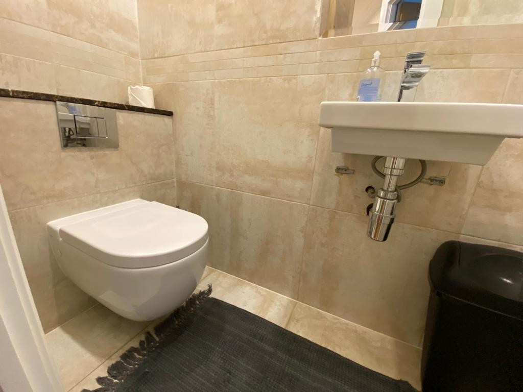 1 bed flat for sale in Forset Court 9