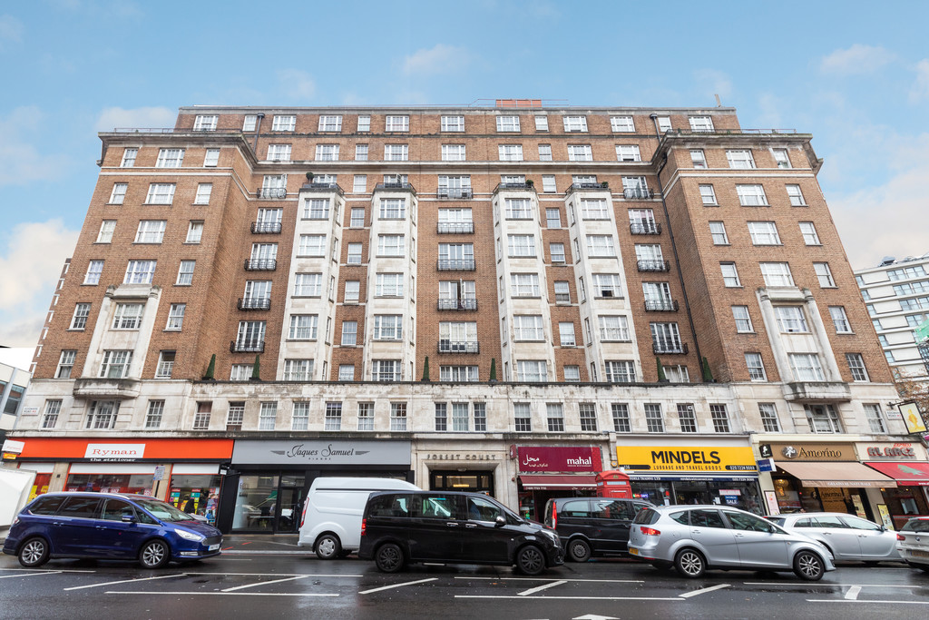 1 bed flat for sale in Forset Court 10