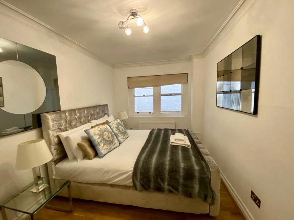 2 bed flat to rent in Kensington Court, London   - Property Image 14