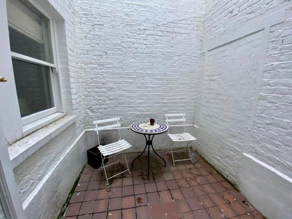 2 bed flat to rent in Kensington Court, London  16