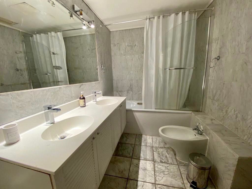 2 bed flat to rent in Kensington Court, London  10