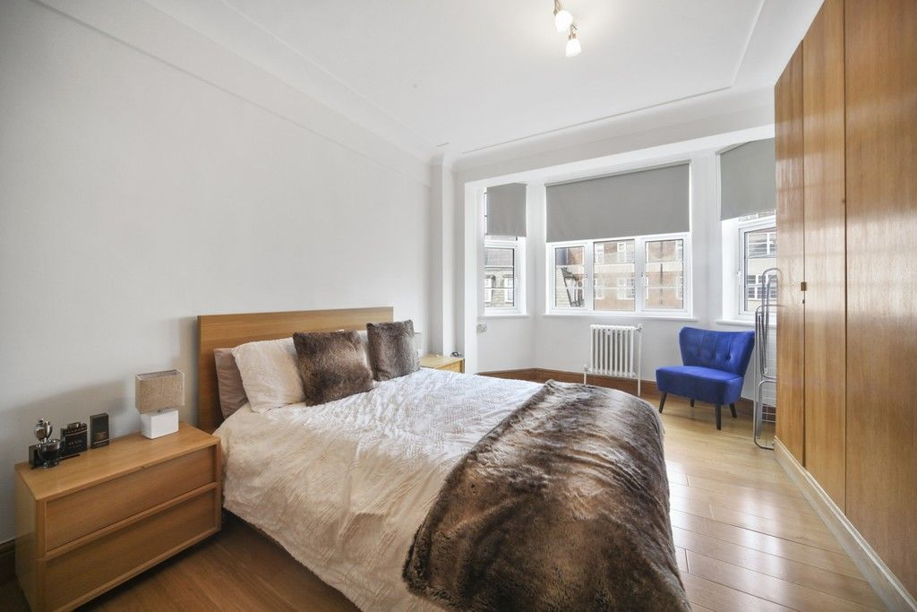 1 bed flat for sale in Northways, College Crescent  - Property Image 3