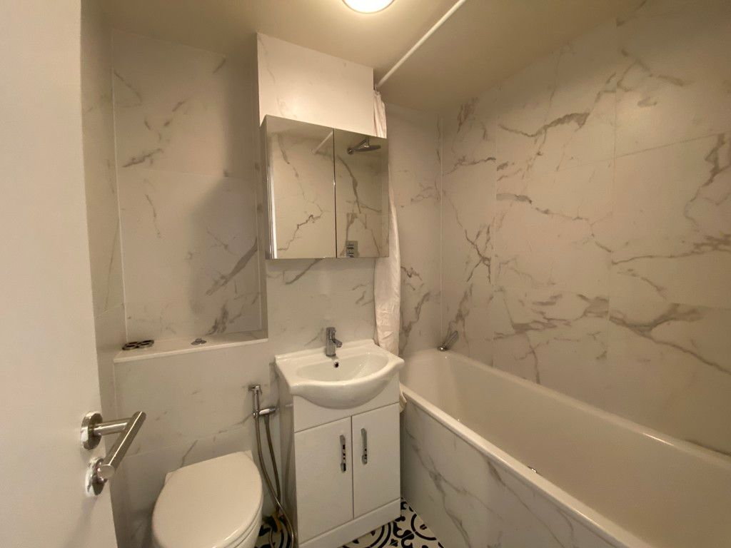 1 bed flat to rent in Portman Gate, 104 Lisson Grove 3