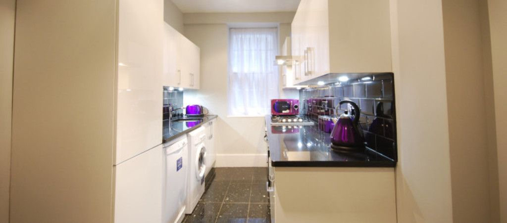 3 bed flat to rent in Seymour Street, London  - Property Image 4