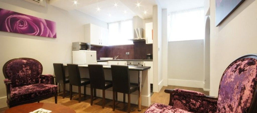 2 bed flat to rent in Seymour Street, London, W1H