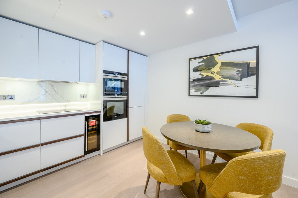 2 bed flat to rent in Garrett Mansions, 287 Edgware Road 6