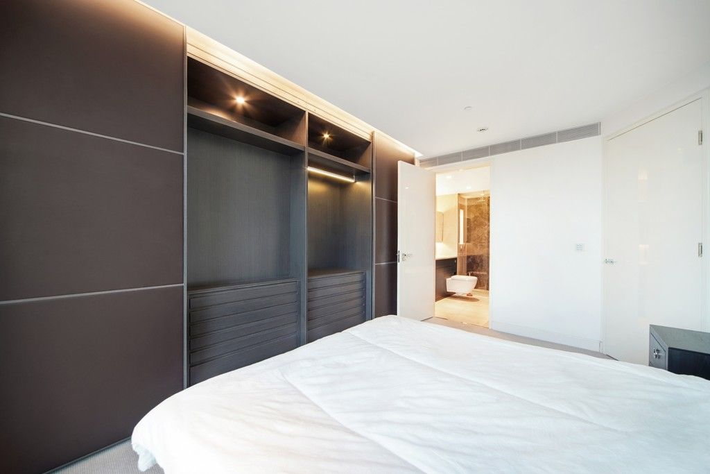 2 bed flat to rent in The Tower, 1 St. George Wharf  - Property Image 4