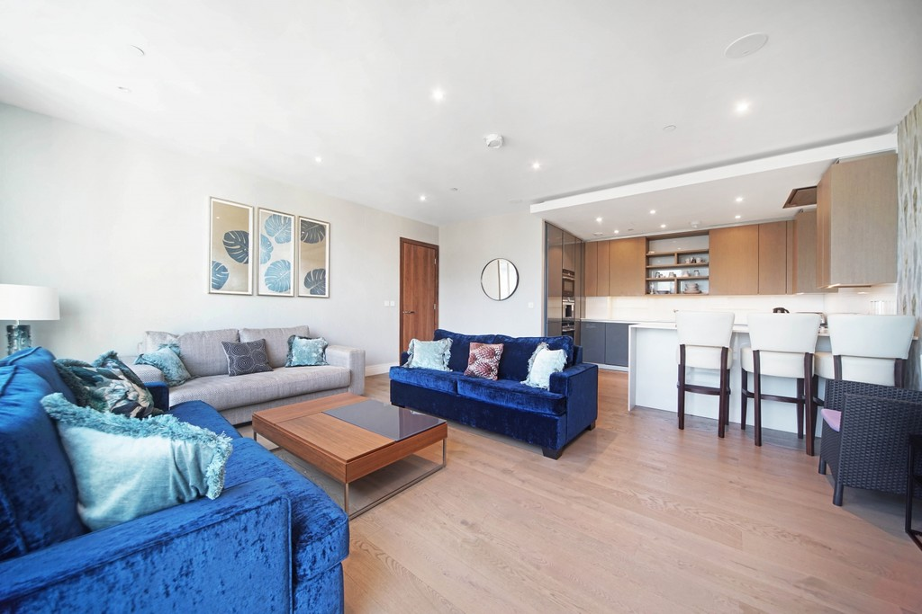 3 bed flat for sale in Pinnacle House, Battersea Reach 2