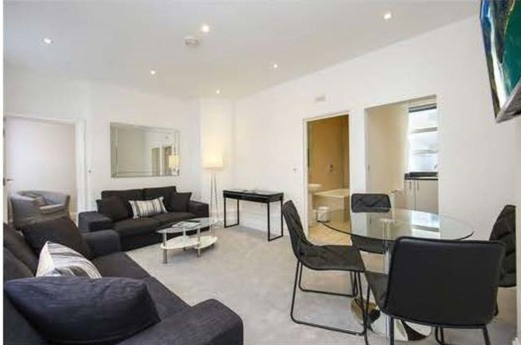 2 bed house to rent  - Property Image 2