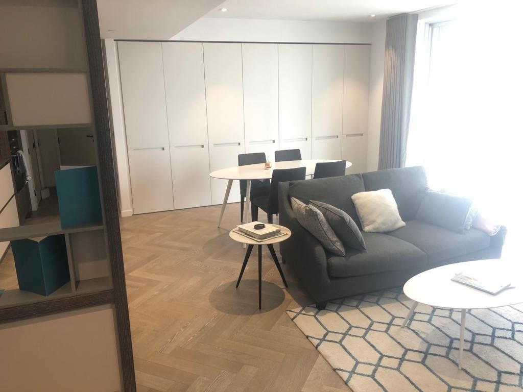 2 bed flat to rent in 2 Circus Road West 2