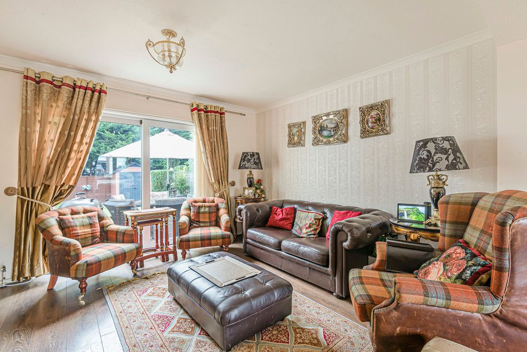 4 bed house for sale in Ibsley Way, Cockfosters, Barnet  - Property Image 4