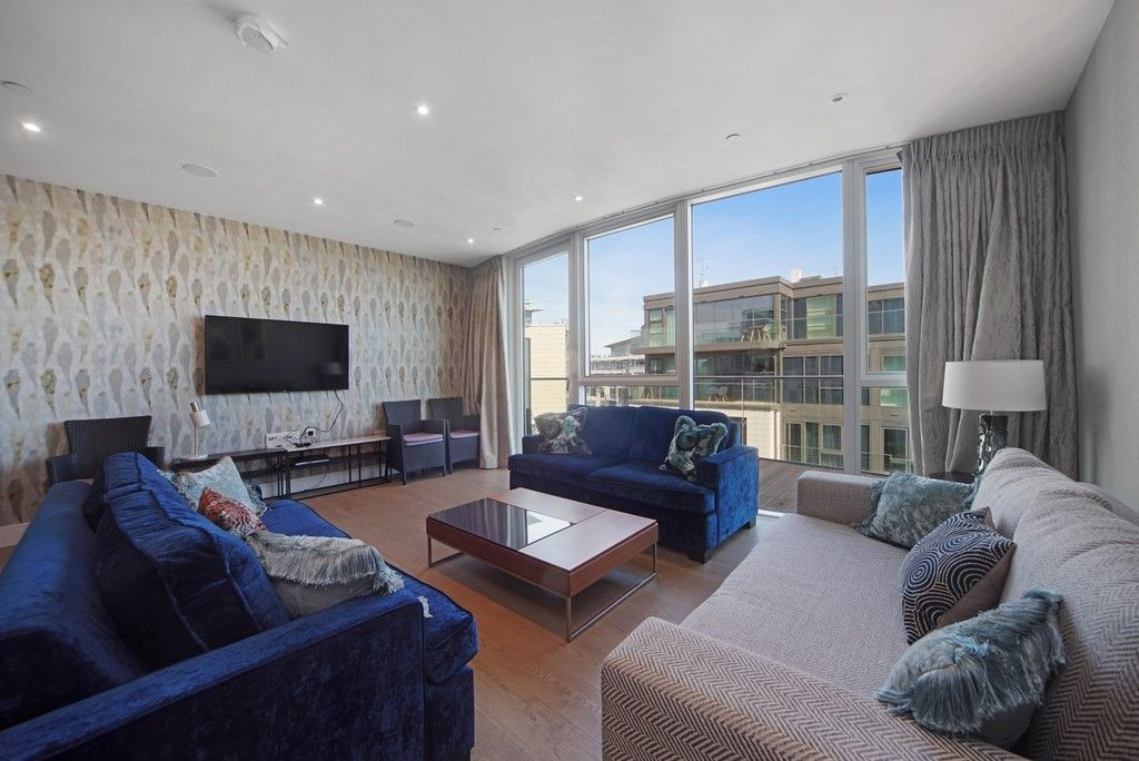 3 bed flat to rent in Pinnacle House, Battersea Reach  - Property Image 1