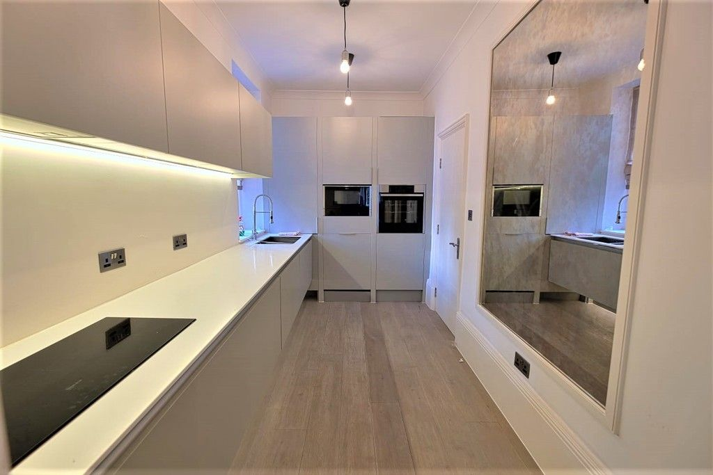 3 bed flat to rent in Abingdon Villas, London  - Property Image 7
