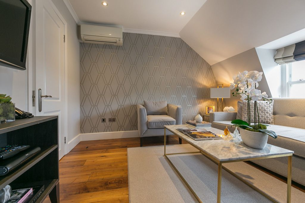 1 bed flat to rent in 125-129 Gloucester Terrace, W2
