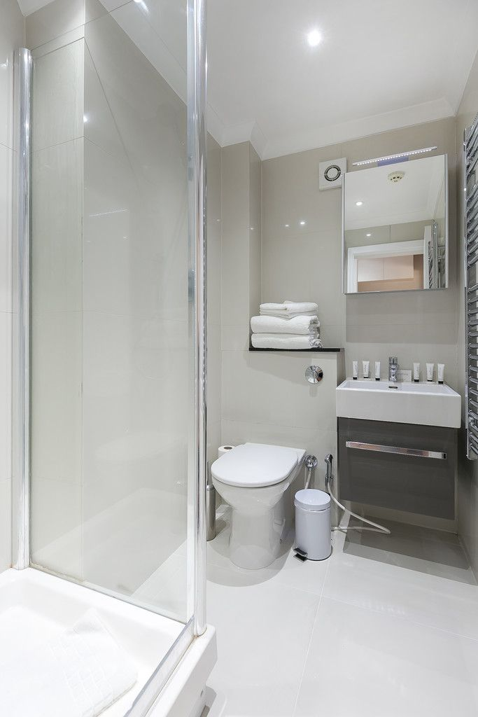 Flat to rent in 125-129 Gloucester Terrace  - Property Image 13