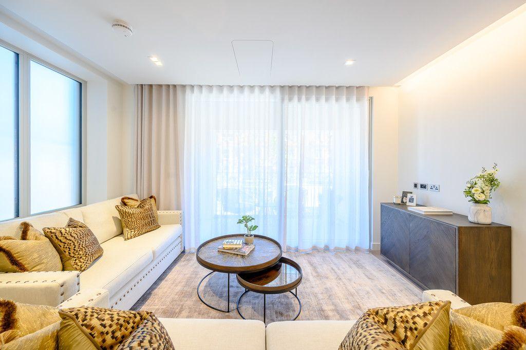 2 bed flat to rent in Garrett Mansions, 287 Edgware Road, W2