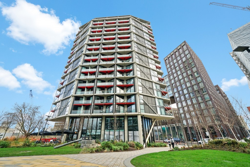 2 bed flat for sale in Riverlight Quay, London 13