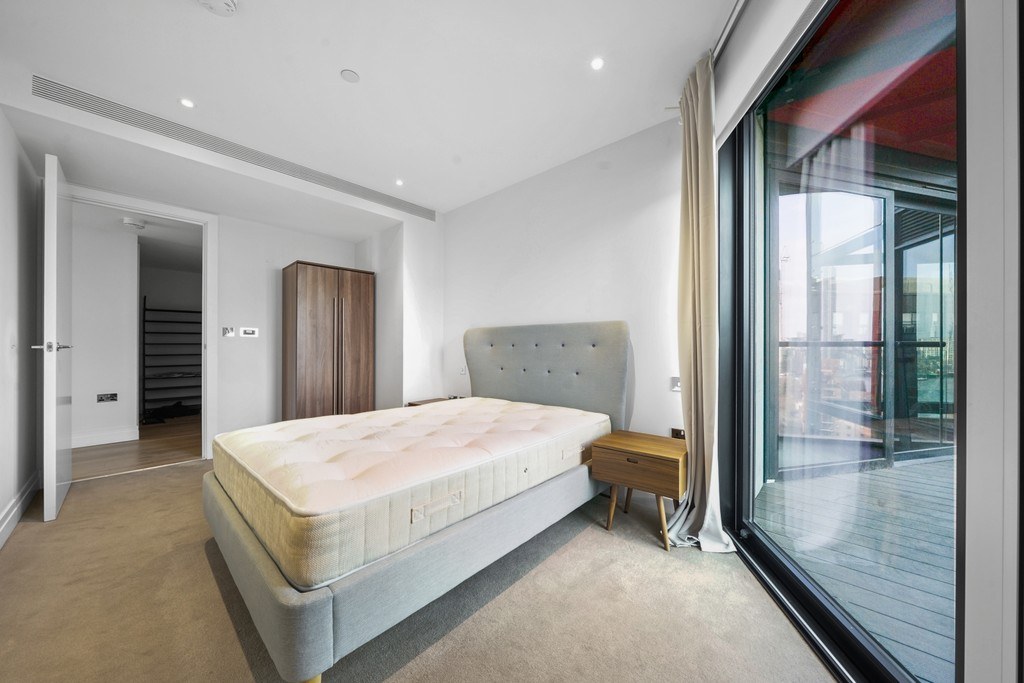 2 bed flat for sale in Riverlight Quay, London 7