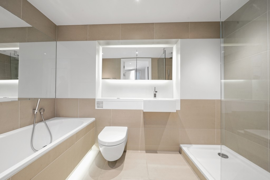 2 bed flat for sale in Riverlight Quay, London 10