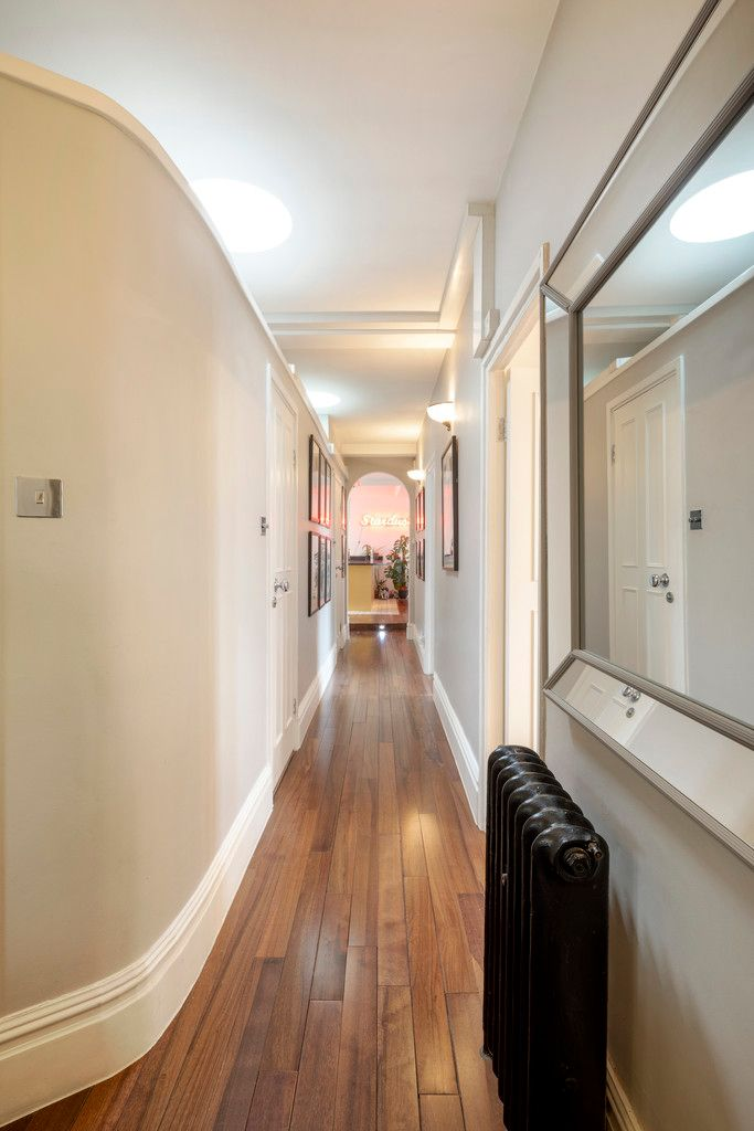 2 bed flat for sale in Chalfont Court, Baker Street   11