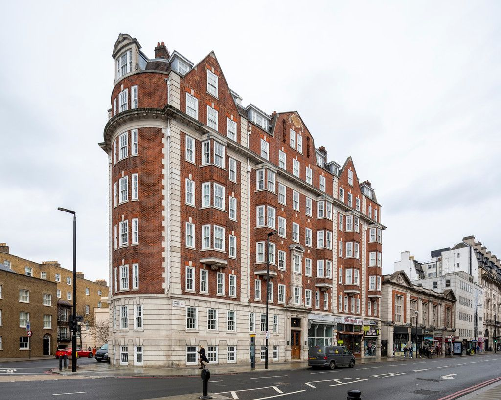 2 bed flat for sale in Chalfont Court, Baker Street    - Property Image 12