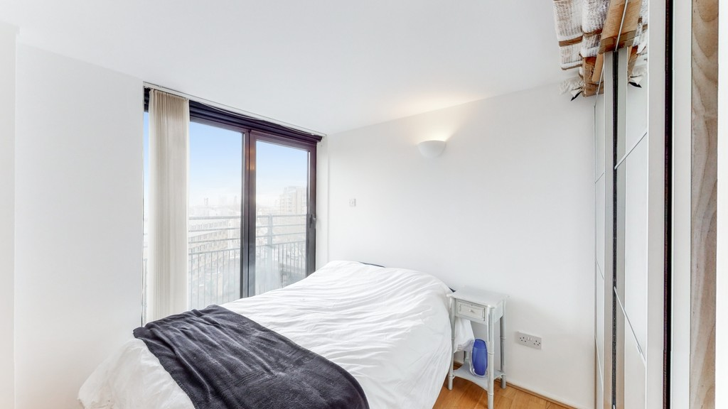 2 bed flat for sale in Point West , 116 Cromwell Road 6