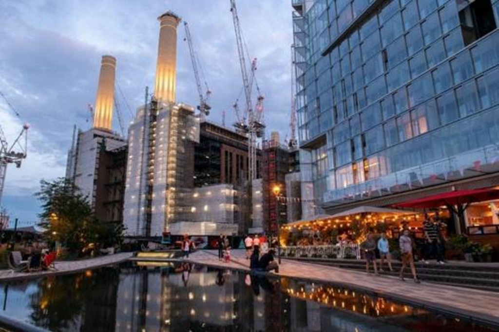 1 bed flat for sale in Battersea Power Station, Circus Road East, SW11