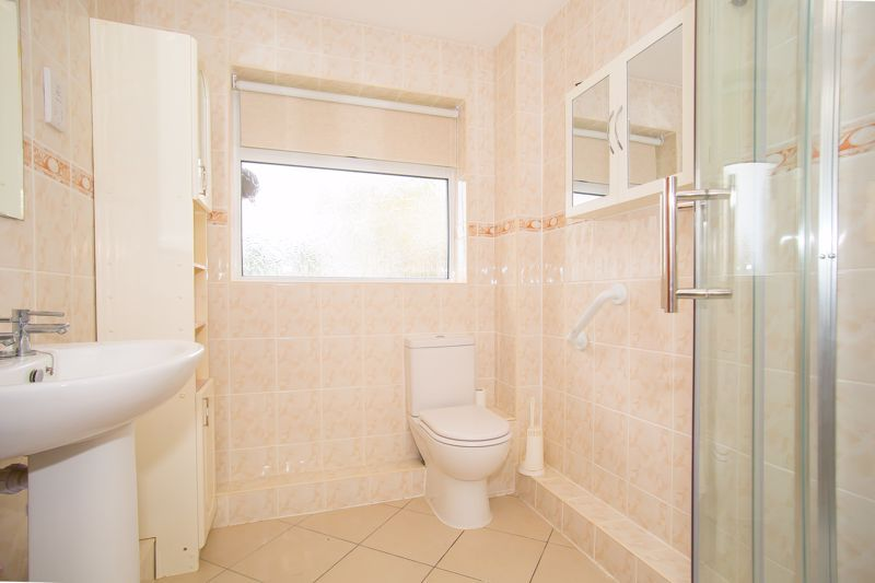 2 bed bungalow for sale in Stoke Sub Hamdon  - Property Image 16