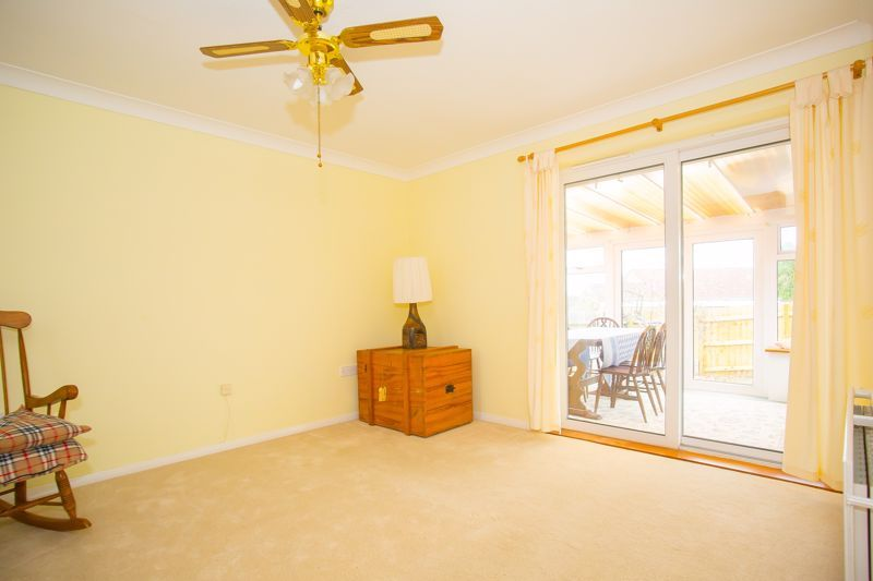 2 bed bungalow for sale in Stoke Sub Hamdon  - Property Image 7
