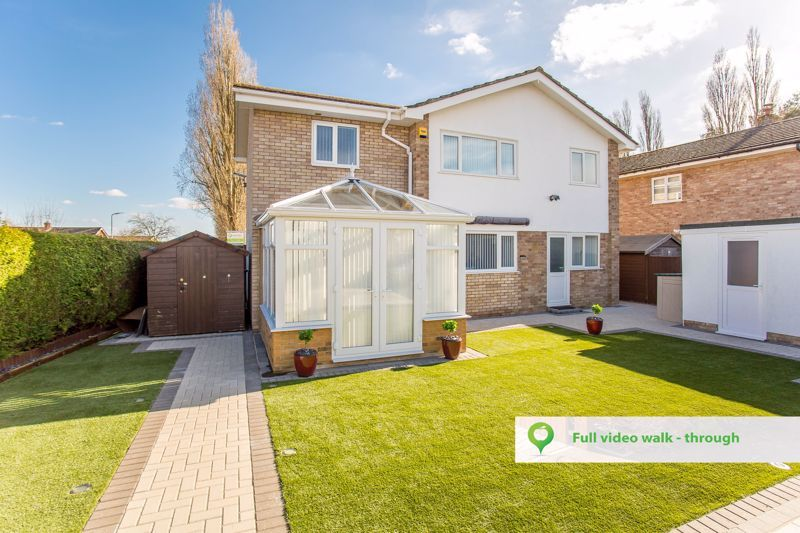 4 bed house for sale in Yeovil  - Property Image 1