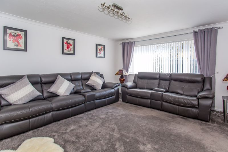 4 bed house for sale in Yeovil  - Property Image 12