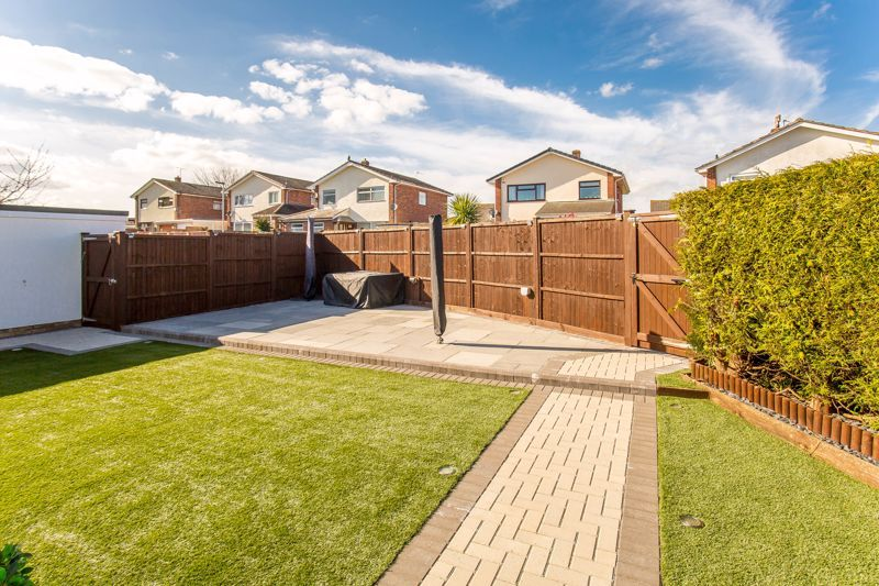 4 bed house for sale in Yeovil  - Property Image 8