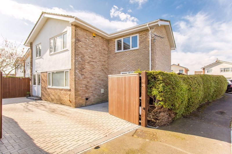 4 bed house for sale in Yeovil  - Property Image 9
