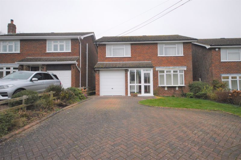 4 bed house for sale in Waltham Chase, Southampton, SO32