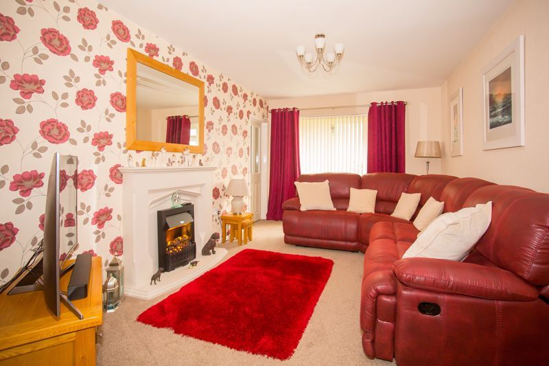 3 bed bungalow for sale in Bucklers Mead Road, Yeovil  - Property Image 11