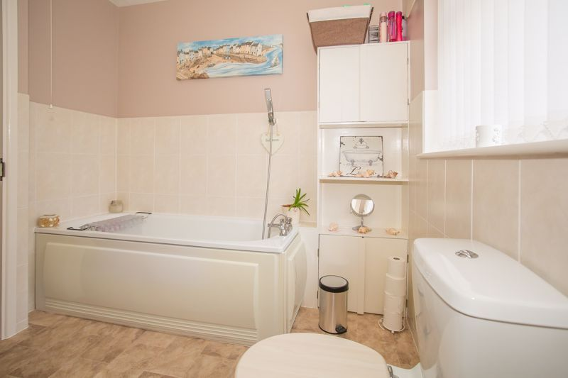 3 bed bungalow for sale in Bucklers Mead Road, Yeovil  - Property Image 17