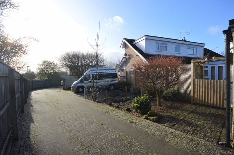 3 bed bungalow for sale in Bucklers Mead Road, Yeovil  - Property Image 18