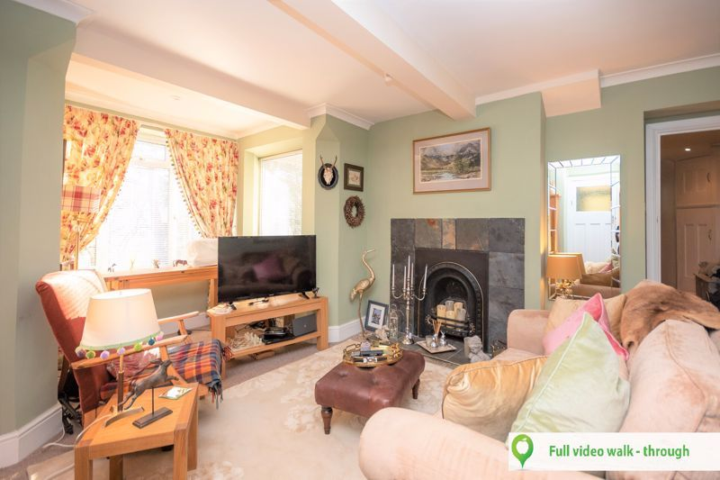 2 bed flat for sale in Yeovil, BA20