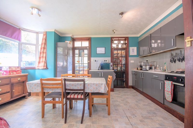 3 bed  for sale in Yeovil  - Property Image 14