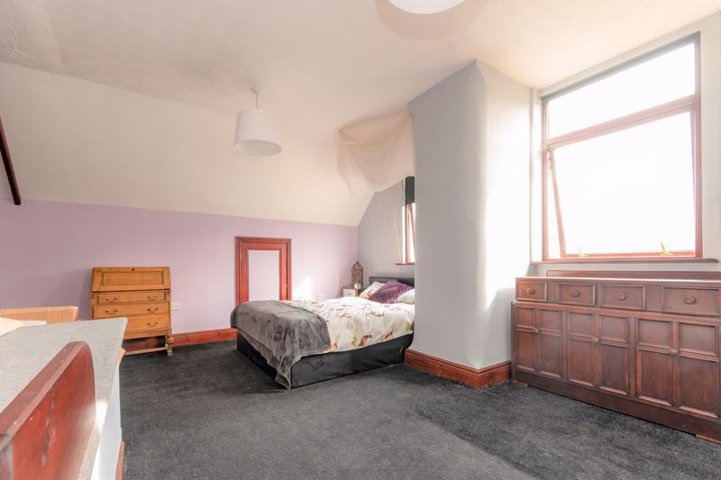 3 bed  for sale in Yeovil  - Property Image 6