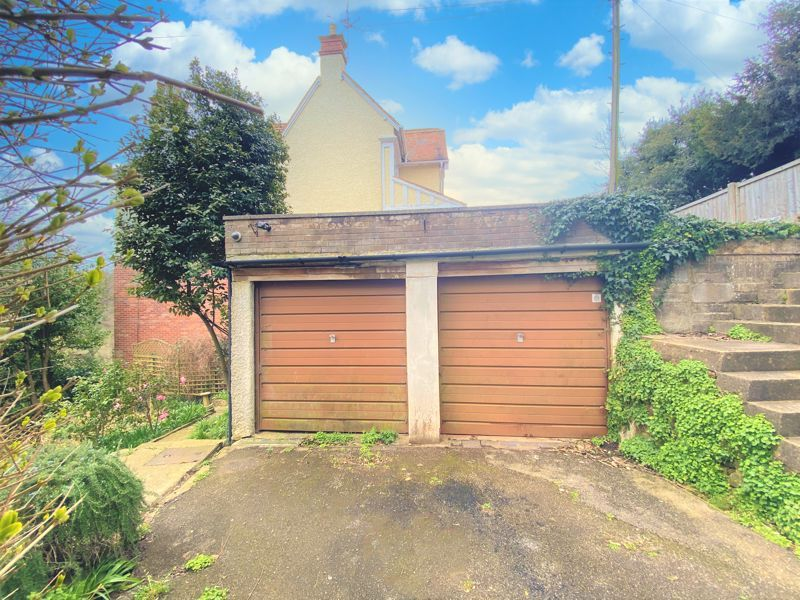 3 bed  for sale in Yeovil  - Property Image 7