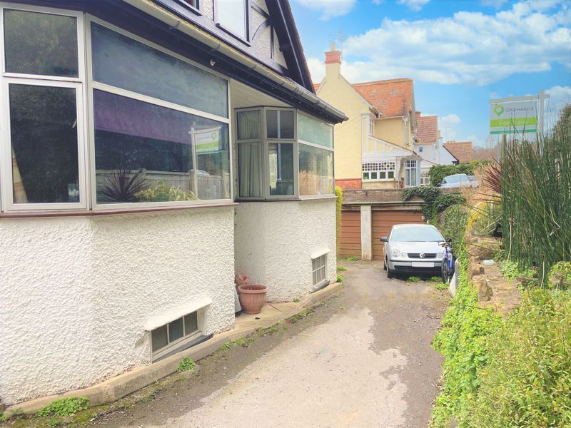 3 bed  for sale in Yeovil  - Property Image 9
